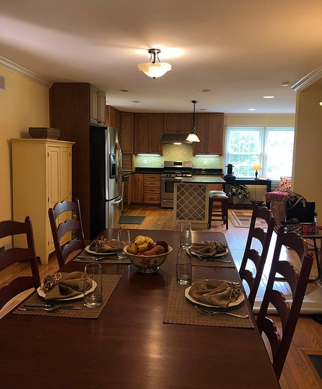 Inviting eat-in kitchen area after home staging